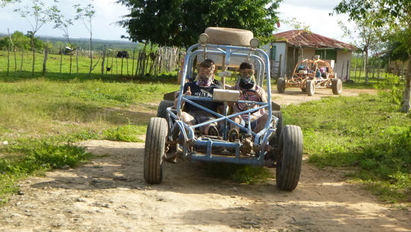Come with us on amazing Xtreme-Buggy tour